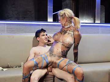 Bonnie Rotten Experience At The Strip Club