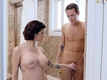 Bathroom blowjob made by hot busty MILF Joslyn James
