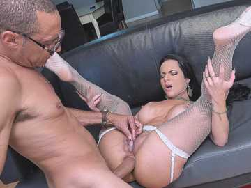 Dazzling Latina Analine gets analyzed by man who can be proud of his dick size